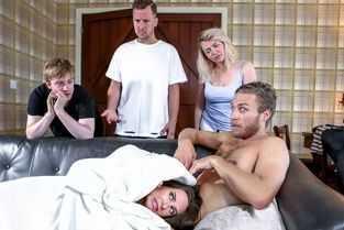 doua cupluri fac sex animalic si schimba partenerii