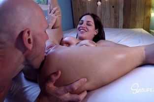 ejaculeaza anauntru an vaginul ei